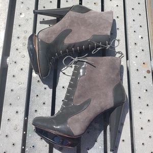 VELVET ANGELS Grey Green Leather Booties Size 7